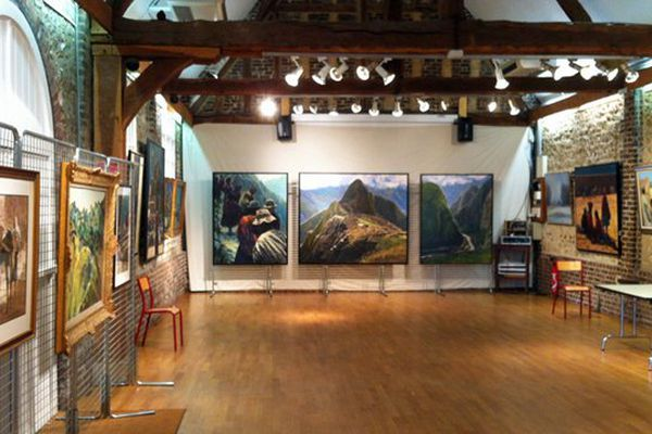 La Grange de la Petite Madeleine à Bihorel accueille une rétrospective du peintre Jean Marc.