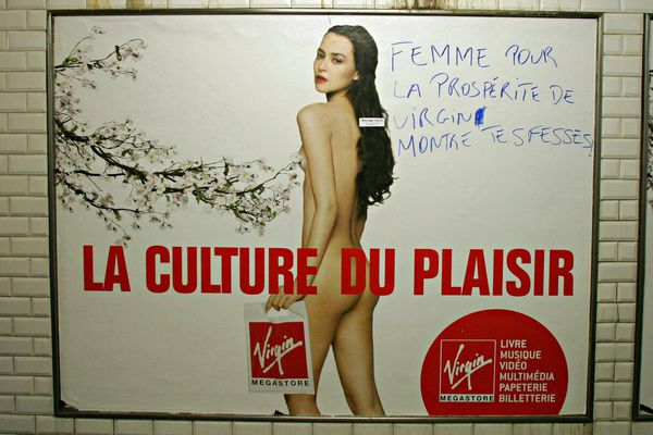 Une publicité dans le métro parisien, photo prise en octobre 2006.