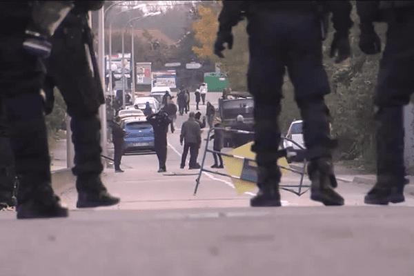 Les forces de l'ordre à Moirans, le 20 octobre 2015