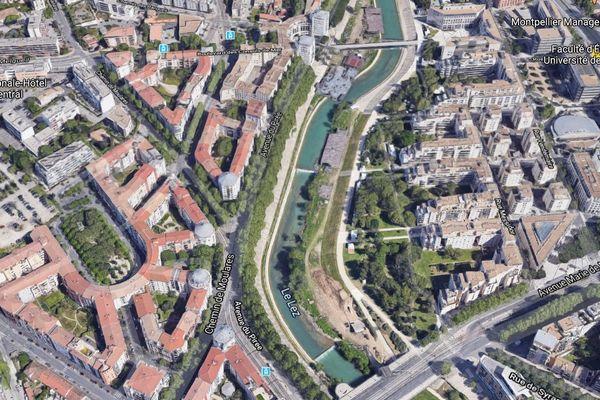 L'avenue du Pirée à Montpellier (Hérault)