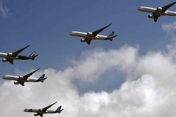 Les 5 appareils en vol