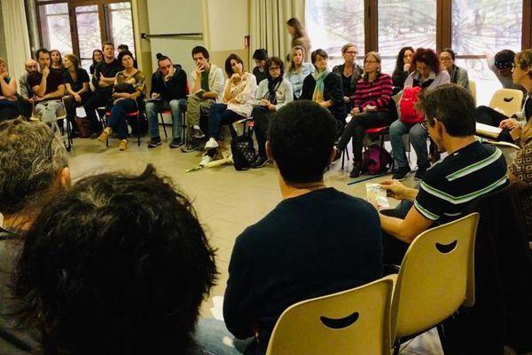 Les enseignants réunis en assemblée générale dans une école du quartier Bagatelle, ce jeudi matin à Toulouse