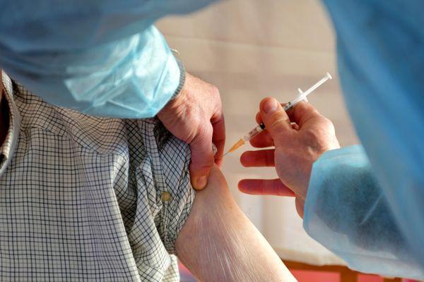 Plusieurs résidents d'Ehpad à Toulouse bien que doublement vaccinés ont pourtant été positifs quelques jours plus tard au Covid.