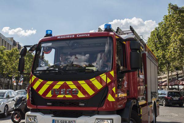 La brigade des sapeurs-pompiers de Paris a été appelée à 12h05 (illustration).