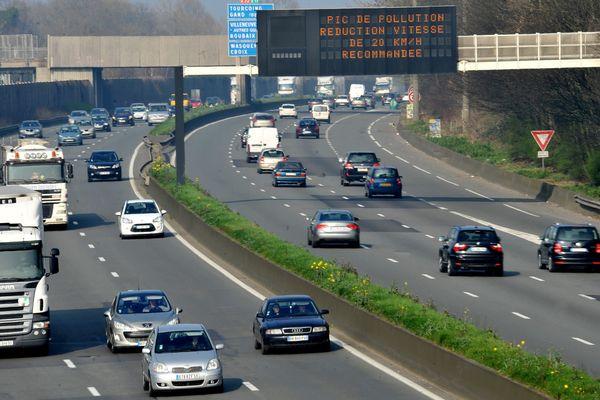 Les habitants des Hauts-de-France sont les Français qui se déplacent le plus pour aller travailler.