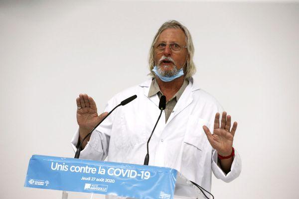 """L'enquête vise à étudier """"l'intégrité"""" des études du professeur Didier Raoult."""