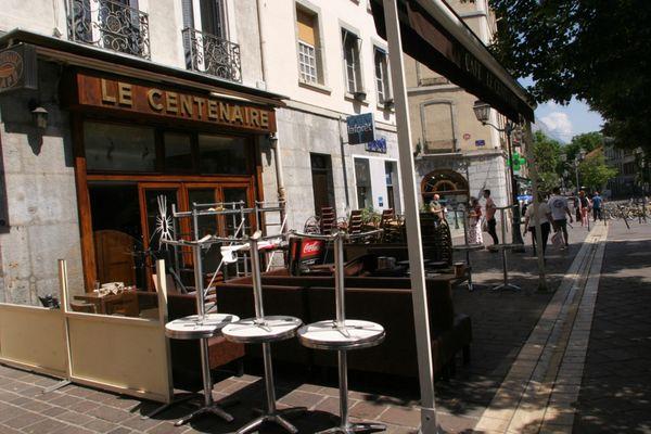 Un restaurant à Grenoble le 29 mai 2020, après le premier confinement.