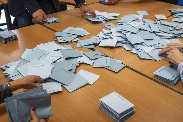 La recomposition du paysage politique français se poursuit comme le montrent les élections européennes du 26 mai 2019