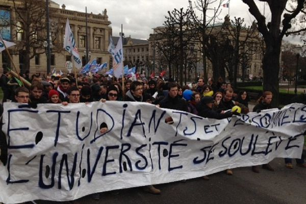 "La manifestation ""Université morte"" jeudi après-midi"