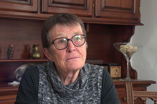 Françoise Jeandroz se réserve pour sa fin de vie, la possibilité d'avoir recours au suicide assisté. Cette septuagénaire a la double nationalité, française et suisse.