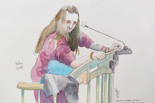 Audrey Louvet en larmes à la barre. Co-accusée dans l'affaire de la grotte sanglante de Sète, elle comparaît libre devant les assises de l'Hérault.
