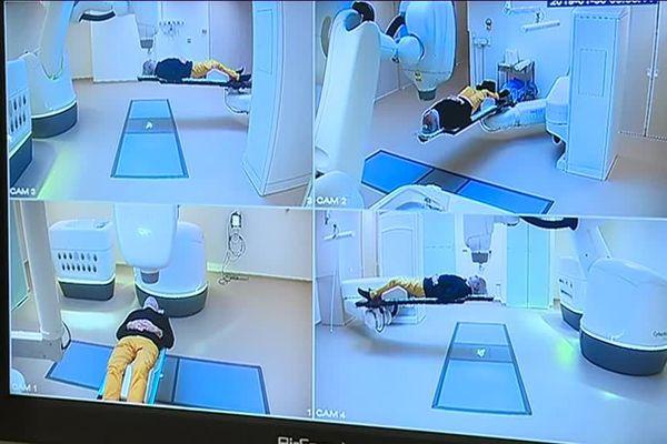 Le robot Cyberknife, traitement révolutionnaire des tumeurs