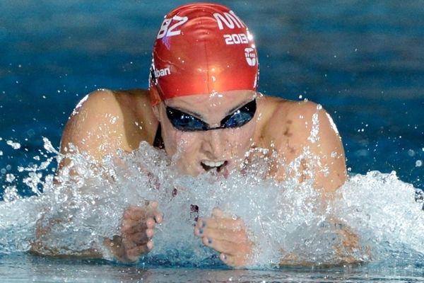 Coralie Dobral, reine du 100 mètres brasse.