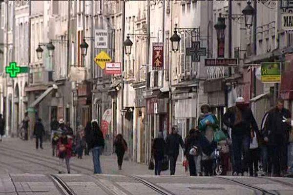 Rue des Carmes à Orléans (Loiret)