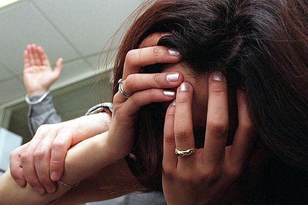 Coronavirus : depuis le confinement qui a débuté le 17 mars, les violences conjugales ont augmenté de plus de 30% a indiqué le ministre de l'Intérieur la semaine dernière.