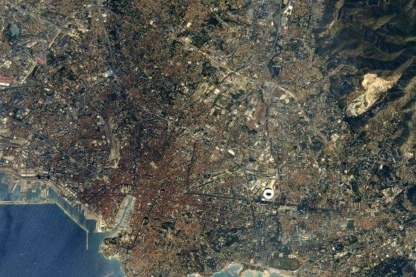 Marseille vue de l'espace, les photos qui ont fait vibrer les marseillais sur les réseaux sociaux.