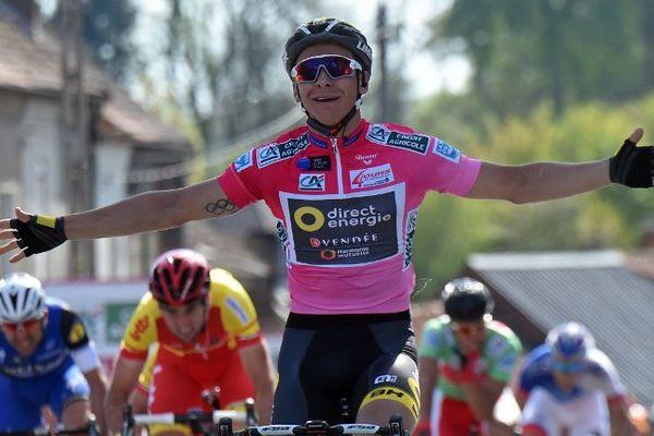 Le maillot Rose Bryan Coquart remporte sa troisième étape d'affilée sur les 4 Jours de Dunkerque.
