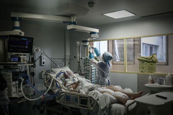 L'Agence Régionale de Santé d'Occitanie recense 2 031 personnes hospitalisées, dont 366 en réanimation, au 20 novembre.