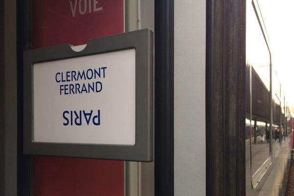 Du 11 juin au 4 août 2018, la SNCF va procéder au renouvellement complet des voies entre Saint-Germain-des-Fossés et Vichy, dans l'Allier. L'objectif : moderniser la ligne Clermont-Ferrand-Paris