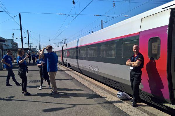 Un TGV bloqué en gare de Strasbourg samedi 30 mars