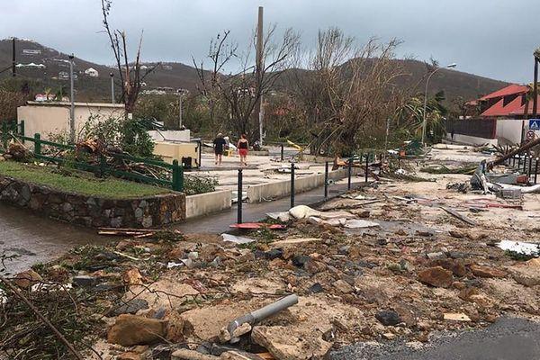 Gustavia (Saint-Barthélemy) après le passage de l'ouragan Irma