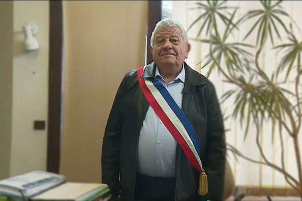 François Cantamessa maire de Venthon en Savoie depuis 42 ans