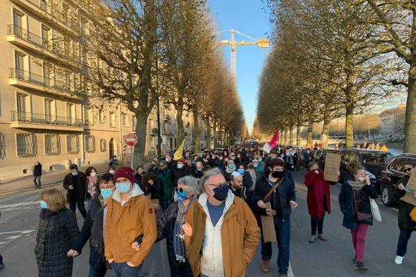 Près de 5000 personnes ont défilé à Caen