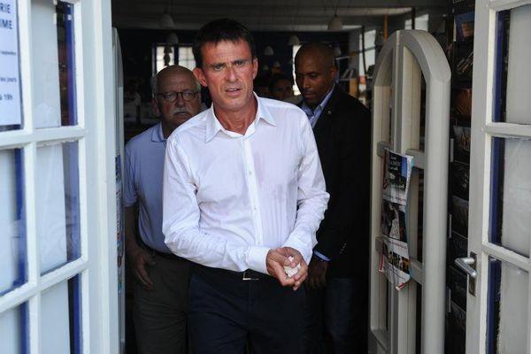 Le Premier ministre Manuel Valls à La Rochelle (Charente-Maritime) en marge de l'université du PS, le 29 août 2015.