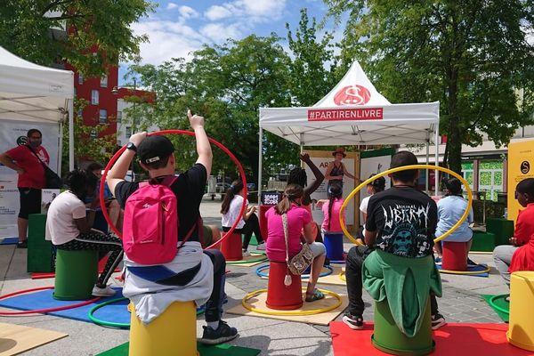 Des ateliers d'une vingtaine de minutes sont proposés aux enfants dans le cadre des ParcoMobiles