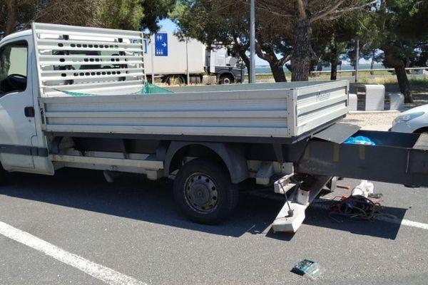 Le camion, conduit par un chauffeur bulgare, venait d'Allemagne et se rendait en Espagne