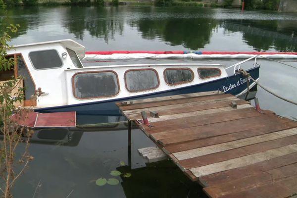 Le 3ème bateau coulé à Villeneuve-la-Guyard