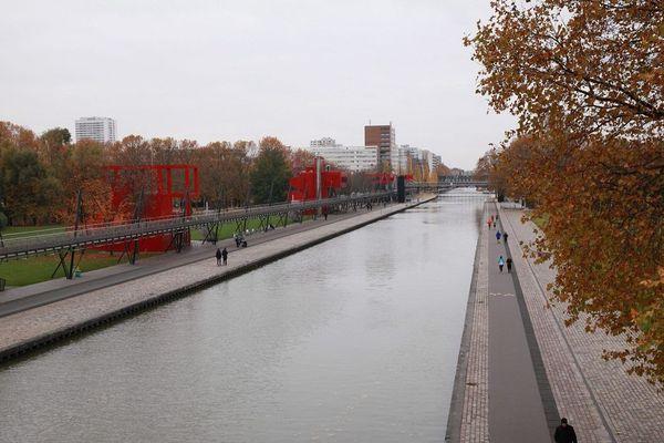 Un obus de la seconde guerre mondiale pêché dans le canal de l'Ourcq