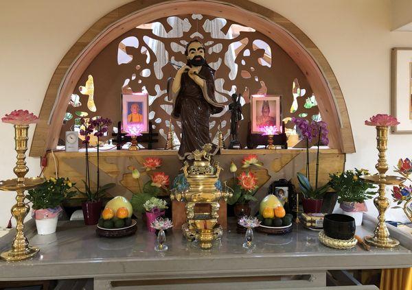 L'un des autels de la pagode vietnamienne