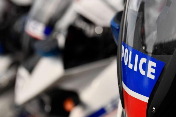 Le corps a été retrouvé par la police sur l'autoroute A6 en direction de Paris, au kilomètre 8,900 au niveau de Wissous (illustration).