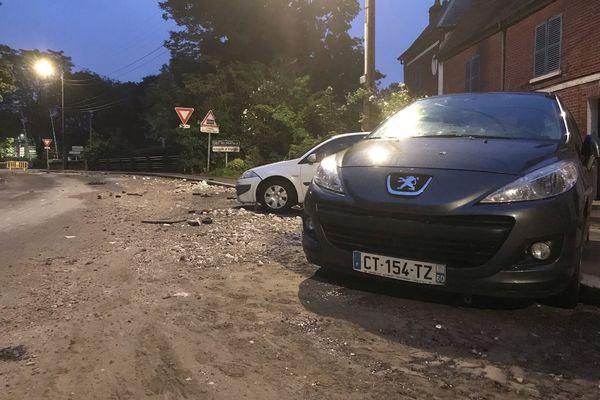Les dégâts causés sur les routes suite aux inondations de lundi 21 juin 2021 à Beauvais dans l'Oise