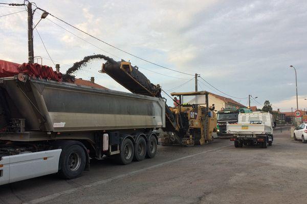 Les travaux sur la RL141 à Roumazières-Loubert en Charente sur l'axe Angoulême-Limoges.