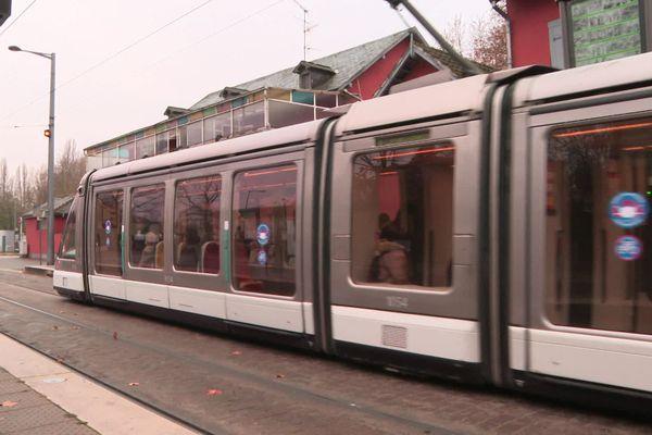 Le fonctionnement de la ligne B du tram est modifié à partir de 15h ce mardi 1er décembre.