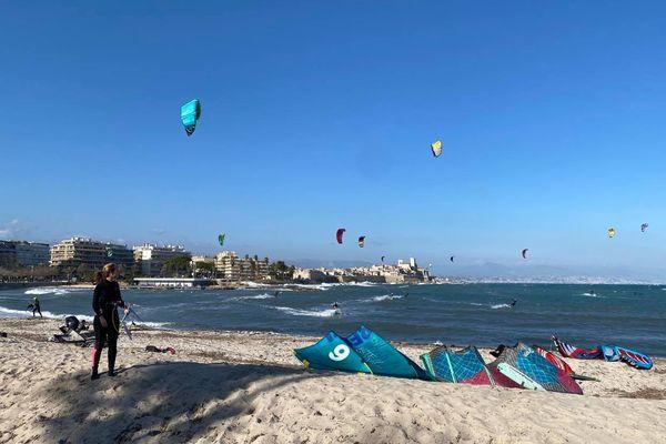 Et si votre kite vous amène à 10Km au large d'Antibes ?