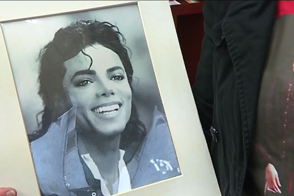 Les fans de Michael Jackson au tribunal d'Orléans le vendredi 4 octobre 2019 © A.Rigodanzo
