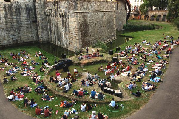 Festival Aux heures d'été , aux douves du Château des Ducs de Bretagne