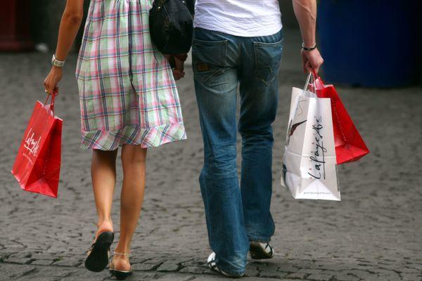 L'ouverture des commerces le dimanche serait en voie de banalisation dans l'agglomération de Strasbourg, selon certains syndicats.