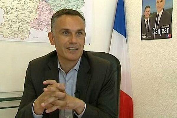 L'eurodéputé Arnaud Danjean (UMP-PPE) est aussi conseiller régional de Bourgogne