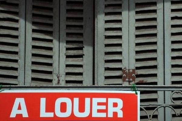 Le décret sur l'encadrement des loyers entre en vigueur, ce mercredi. C'est l'une des mesures phare du gouvernement Ayrault.