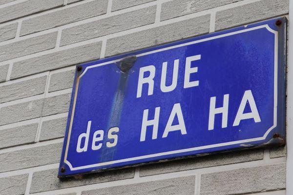 À Boubers-sur-Canche, on peut trouver des rues aux noms plutôt originaux comme la Rue des Ha Ha.