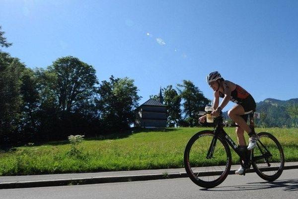 Pas de pause entre les différentes disciplines du triathlon, tout s'enchaîne.