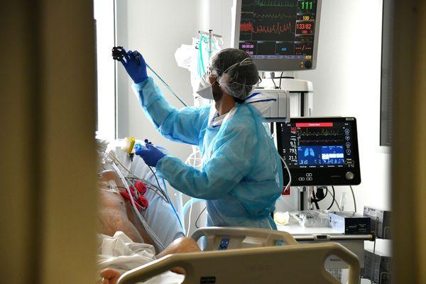 Une prime pour les élèves infirmiers ou aides-soignants