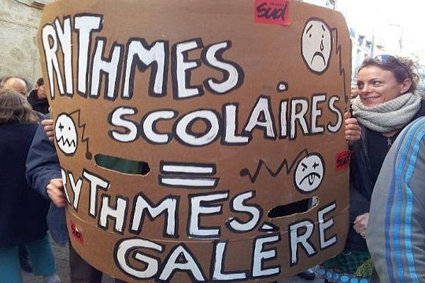 Montpellier - les enseignants manifestent contre la réforme des rythmes scolaires - 14 novembre 2013.