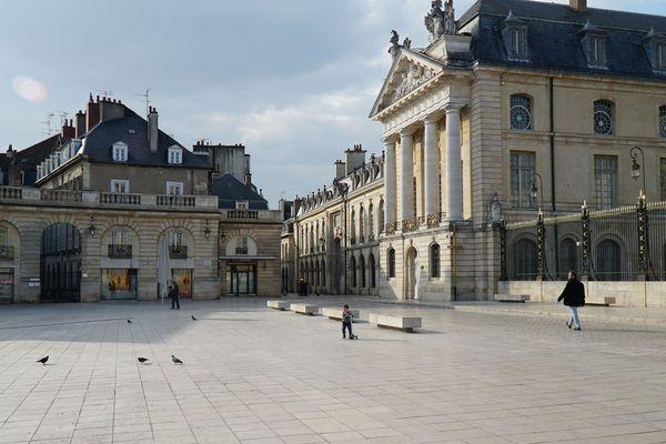 La place de la Libération à Dijon, lors du confinement (photo d'illustration)