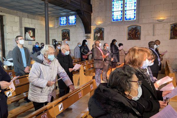 L'église était comble ce dimanche matin à Saint-Etienne-du-Rouvray