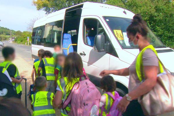 15 000 élèves prennent les bus scolaire quotidiennement en Dordogne, sur 400 trajets différents